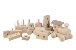 Drewniana kolejka z klockami