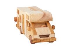 """""""Kamper"""" model z drewna - skarbonka"""